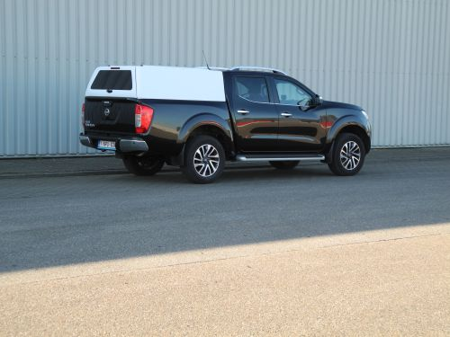 New canopy fitting European Nissan Navara NP300